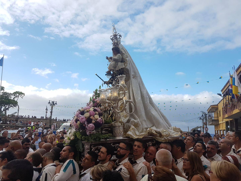 Virgen del Carmen i Puerto de la Cruz Teneriffa